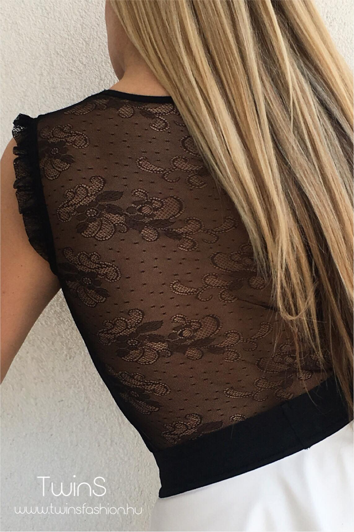 www fekete tini com
